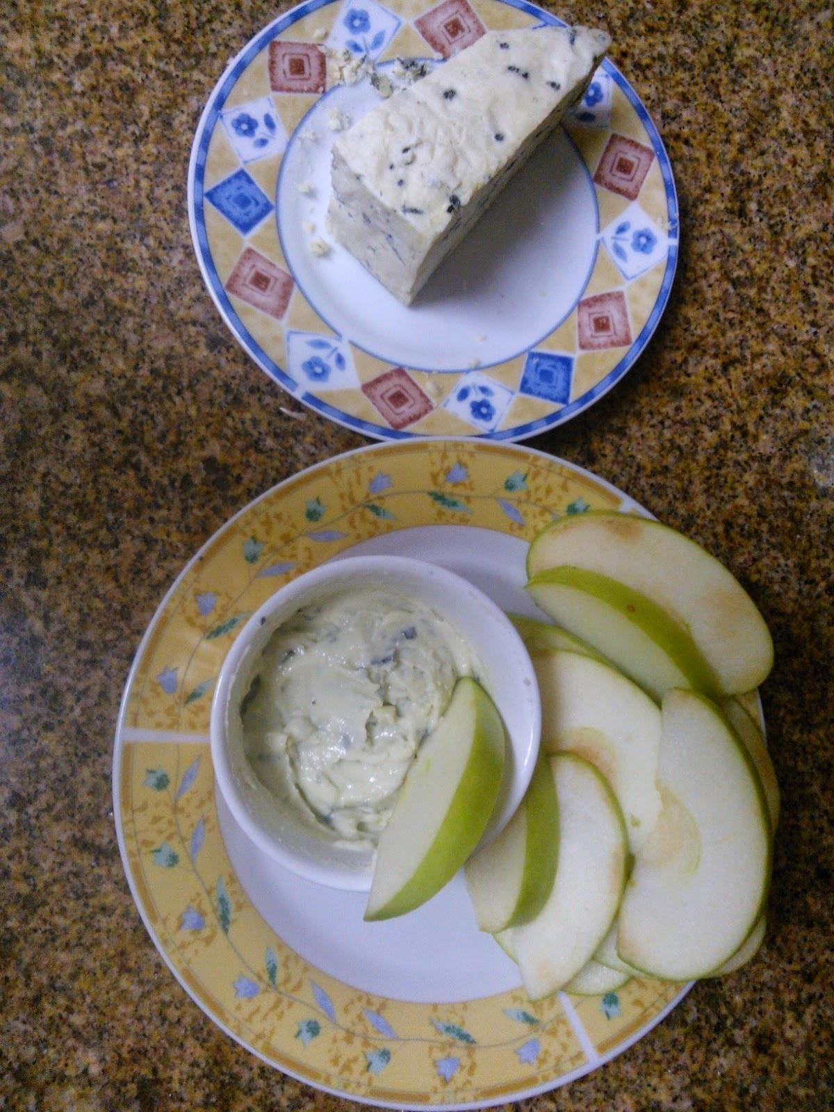 Maçã verde com gorgonzola - petisco/entradinha fácil e saboroso