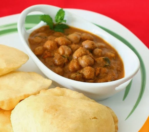 chole bhature step by step
