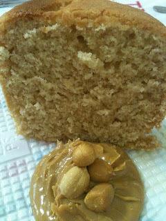 Bolo de Manteiga de Amendoim