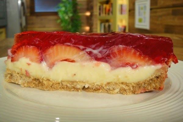Torta Espelhada de Morangos
