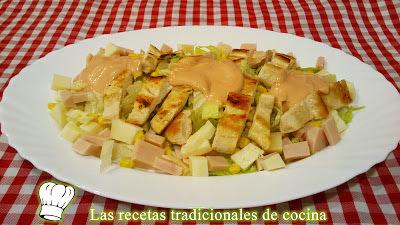 Receta de ensalada de pollo con salsa rosa