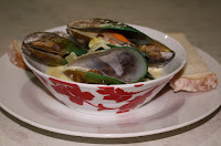 New Zealand Green Lipped Mussels in a White Wine and Garlic Sauce