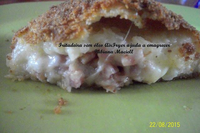Pão de queijo Diferente com batata  na massa recheado na Fritadeira sem óleo AirFryer