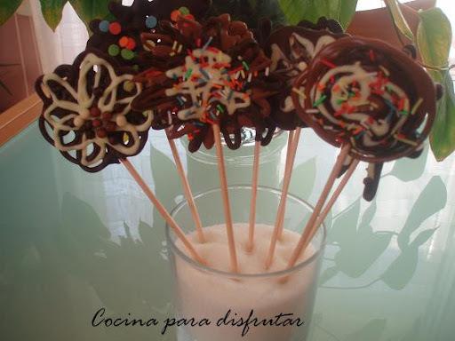 PIRULETAS DE CHOCOLATE