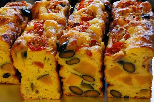 Recette de cake aux asperges, jambon et fromage