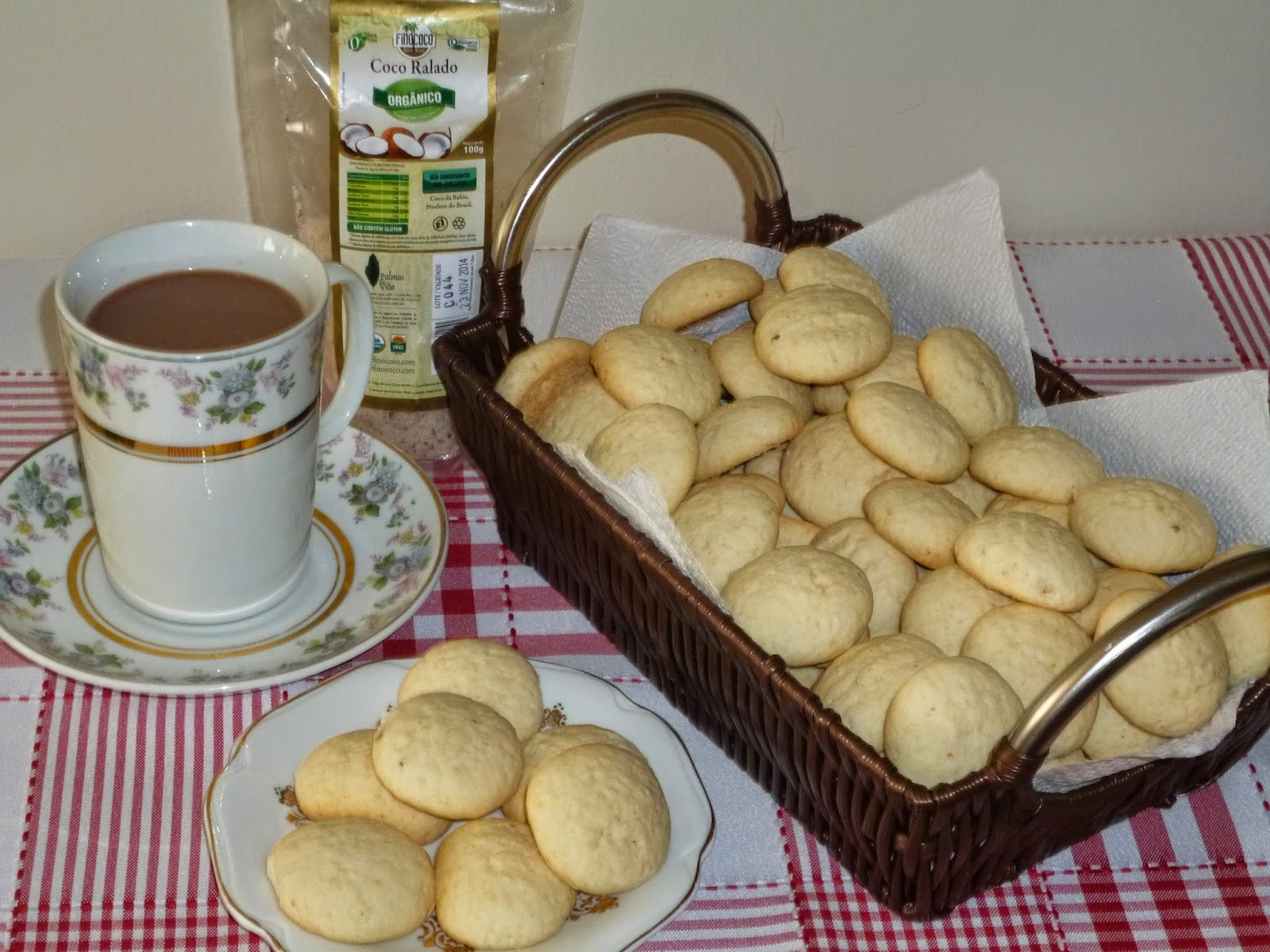biscoitos de polvilho doce igual sequilhos