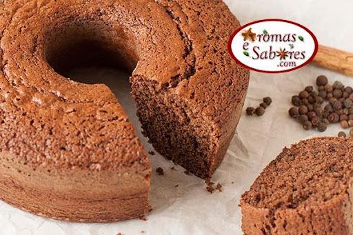 Receita de bolo de chocolate integral com especiarias