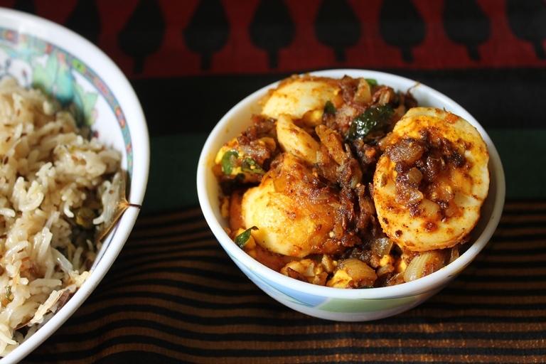 Nadan Mutta Roast / Kerala Style Egg Roast / Egg Roast