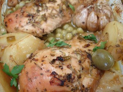 Frango Suculento ao Molho de Ervas (huuuuum..... boa receita...é fácil mesmo e bem gostoso!!)