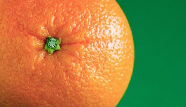 como reduzir a acidez do suco de laranja
