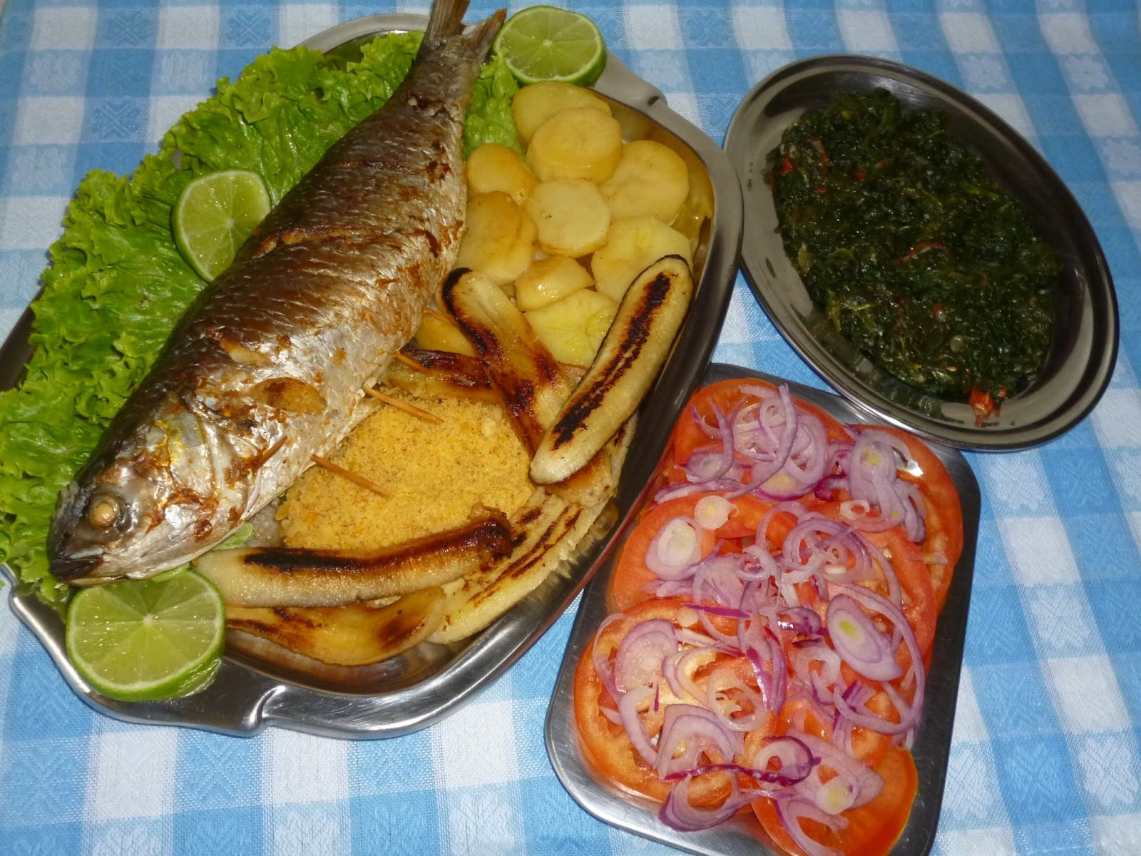peixe rechiado com farofa