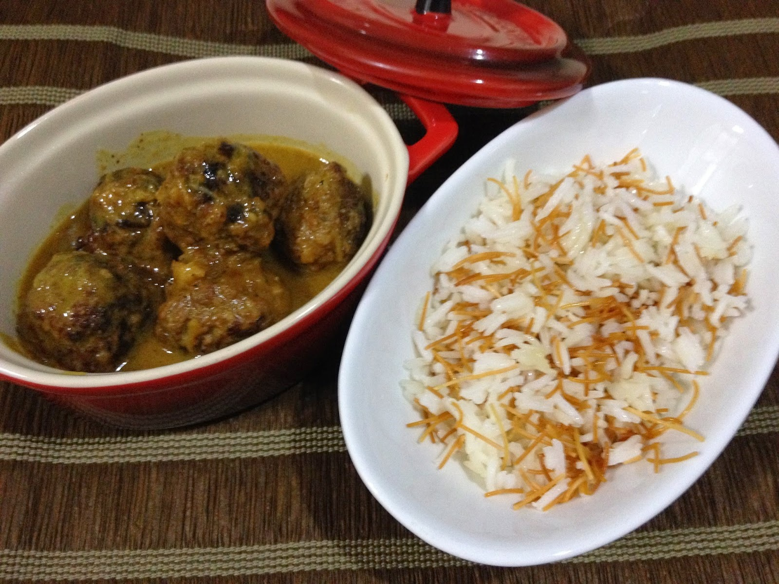 macarrão com carne moida e leite de coco