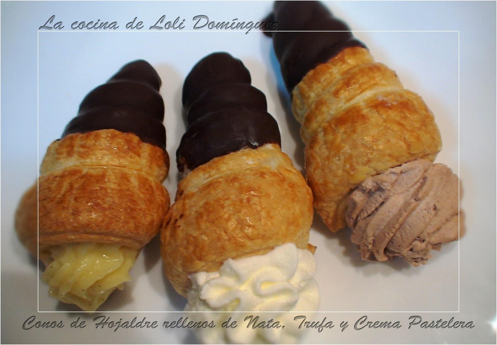 Conos de hojaldre rellenos de nata, trufa y crema pastelera
