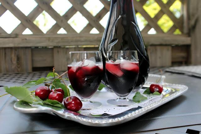 Aromatično vino / liker  od listova trešnje