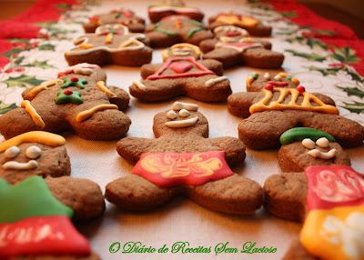 Biscoitos de Especiarias decorados com Glacê Sem Lactose