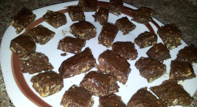 Eggless No-Bake Biscuit Brownie