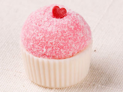 doce rosa de gelatina