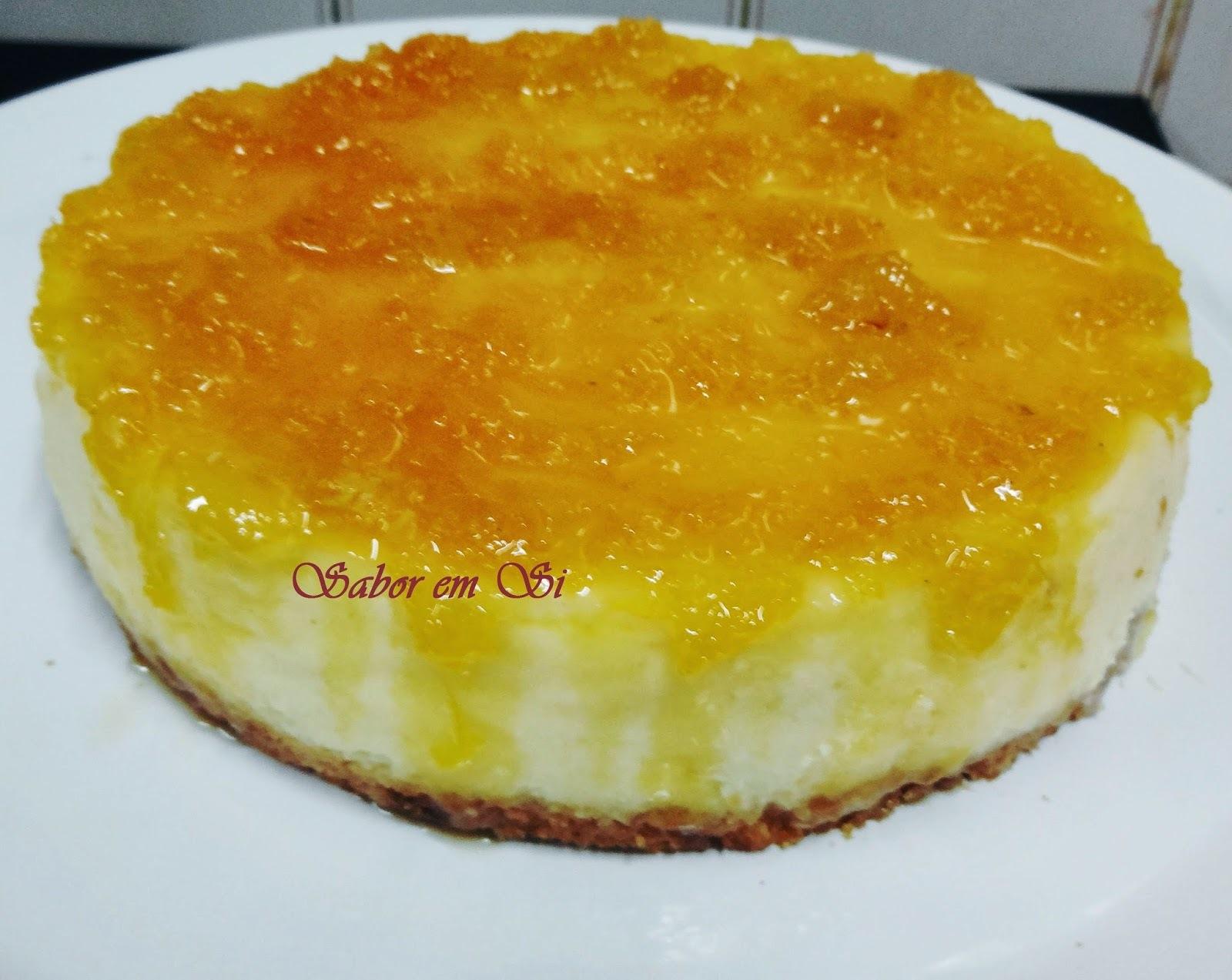 Cheesecake com Geleia de Laranja e Abacaxi