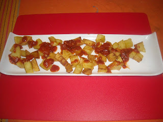 "SUNDAY ""APERITIVO"" (Appetizer): PATATAS BRAVAS(FRIED POTATOES WITH SPICY TOMATO SAUCE)"