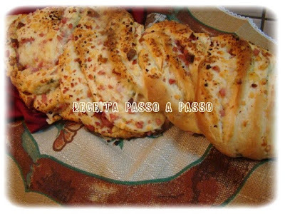pao recheado presunto e queijo massa folhada