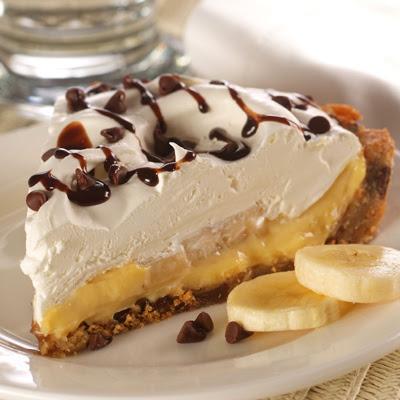 Torta de creme com banana e chocolate