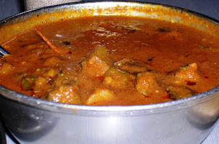 Bhindi Masala ( Ladies finger/Okra in a spicy gravy)