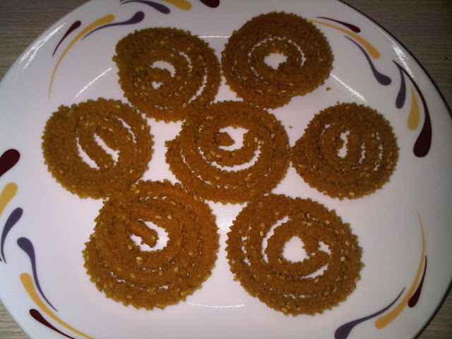 Wheat flour Chakali