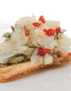 Salada de Bacalhau Cru Desfiado com Limão-Siciliano e Malagueta