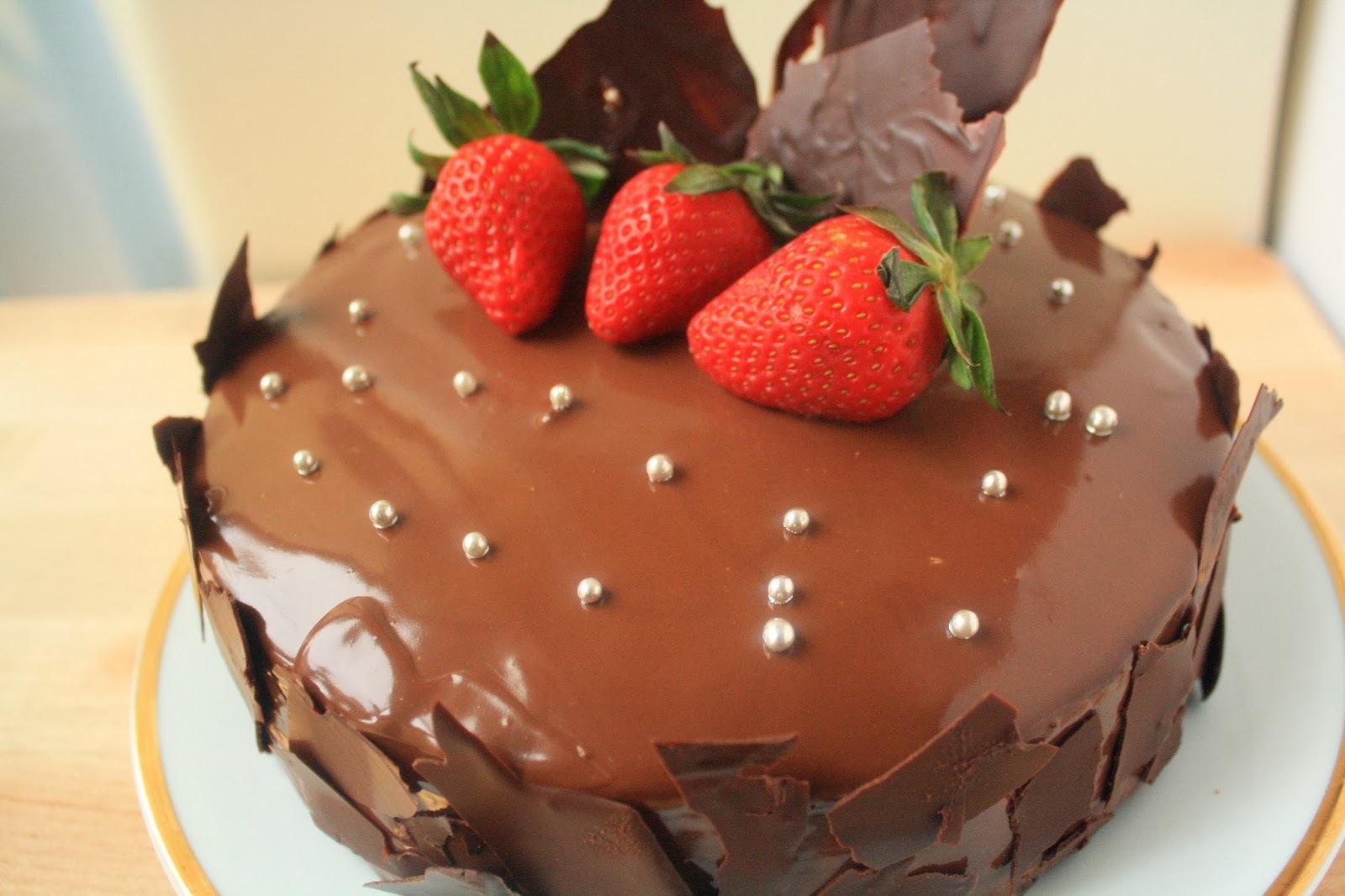 [西式烘焙] 裝飾蛋糕初體驗:鏡面巧克力蛋糕~祝福大家情人節快樂!