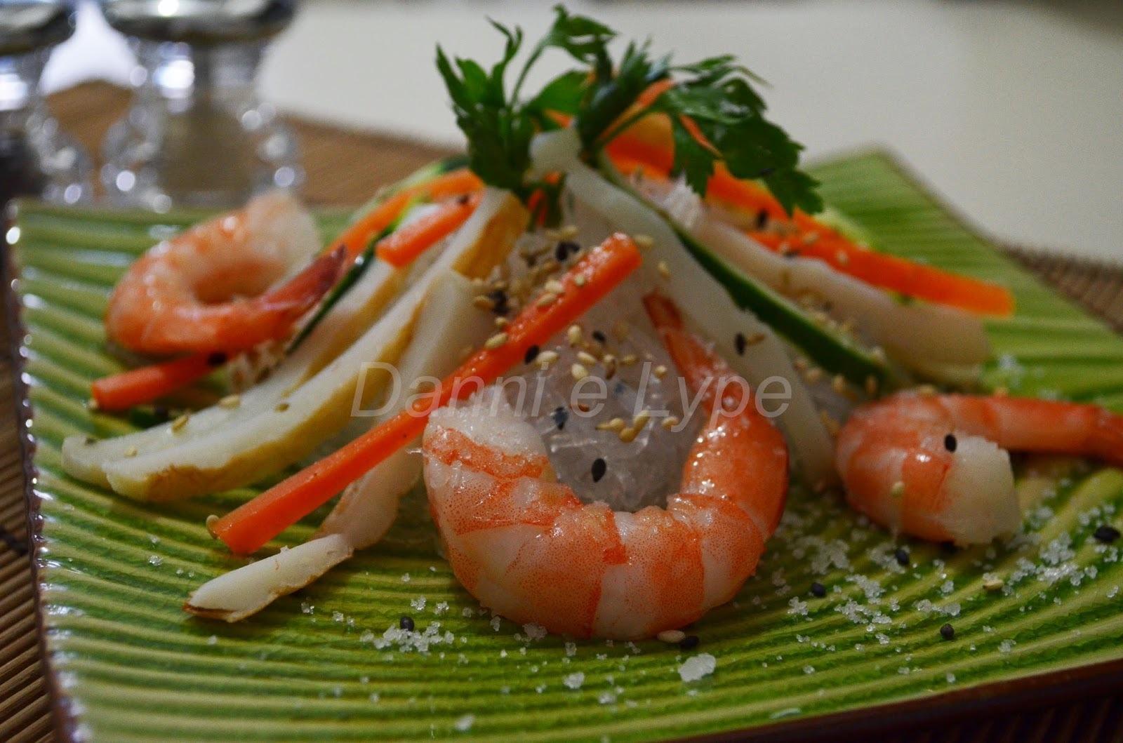 Salada de Harusame com Camarão