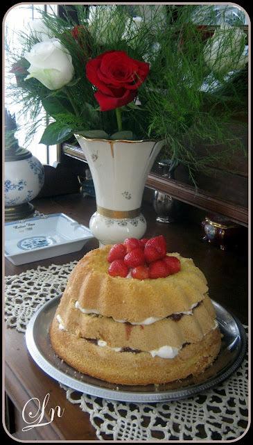 Edition spéciale deux ans de Bataille Food , un layer cake gourmand à la confiture et à la chantilly mascarpone
