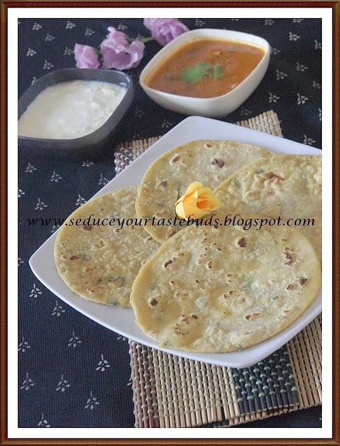 Aloowali [Potato] Roti & Tomato Kurma