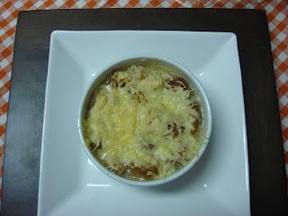 Sopa  de  Cebolas - Frango  de Leite