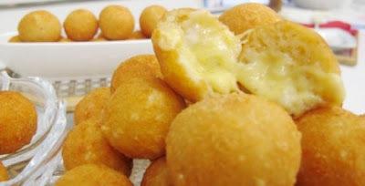 bolinha de queijo frito com temperinho