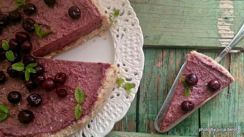 Cherry & Chocolate Raw Cake