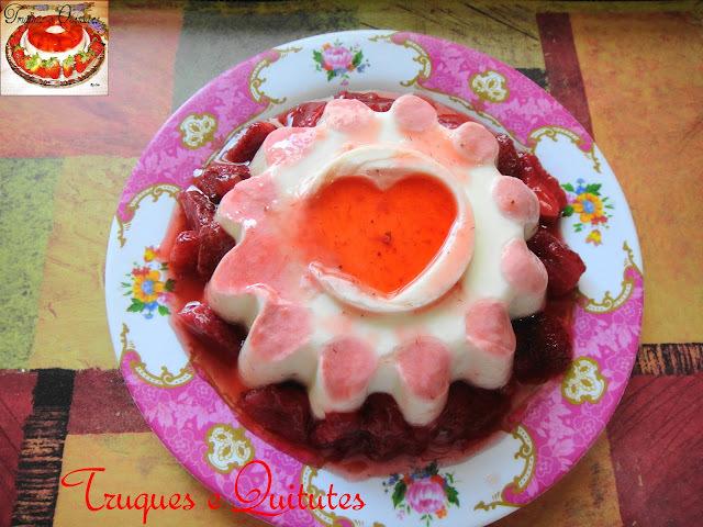Flan de iogurte ou Kefir com calda de morangos