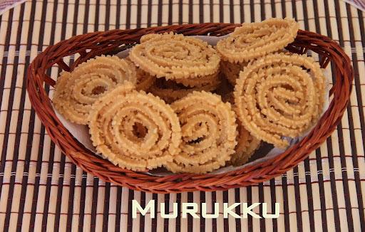 Murukku/ Rice Chakli/ Mul Murukku/ Rice Murukku/ Arisi Murukku