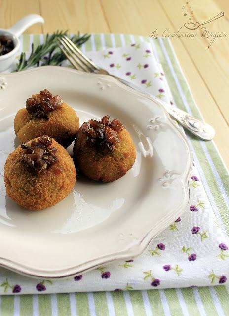 Croquetas de queso La Peral con mermelada de setas de cardo y romero