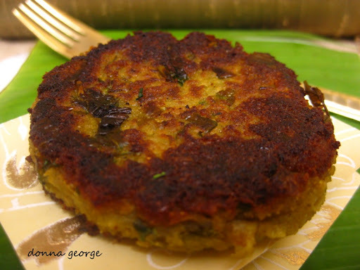 Feel Good: Warm Aloo Aur Hare Mattar Ki Tikki - Potato & Pea Patties