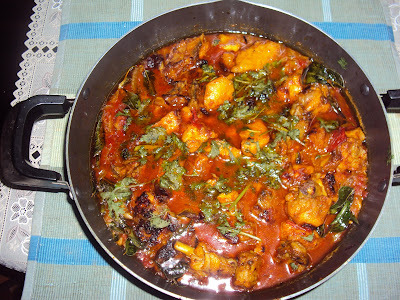 Chicken  tomato curry