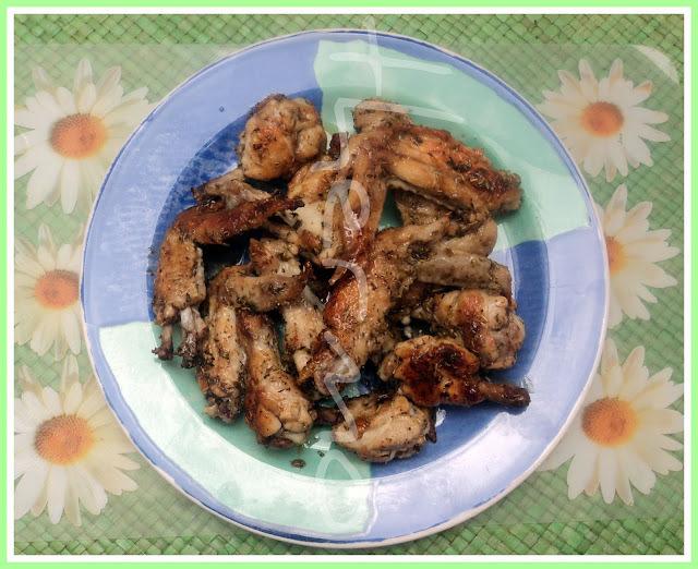 Alitas de pollo con hierbas aromáticas