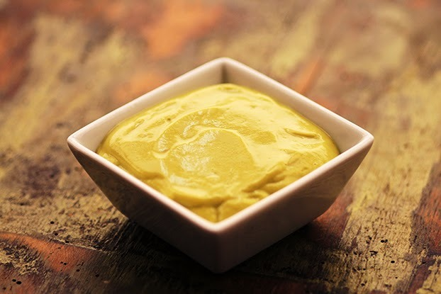 Abacate cremoso com iogurte natural