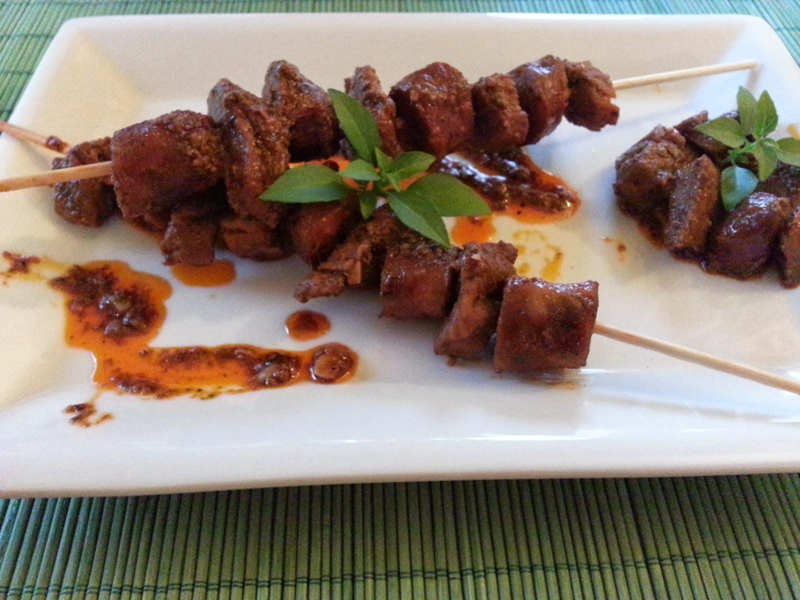 Pinchitos de solomillo de cerdo y chorizo