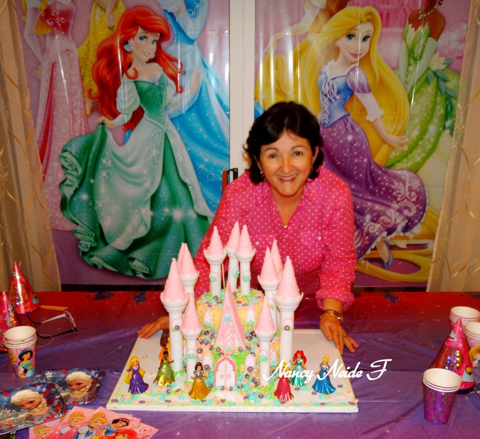 Bolo castelo princesas de Nancy