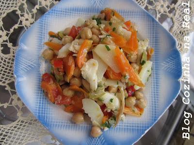 Salada de bacalhau simples