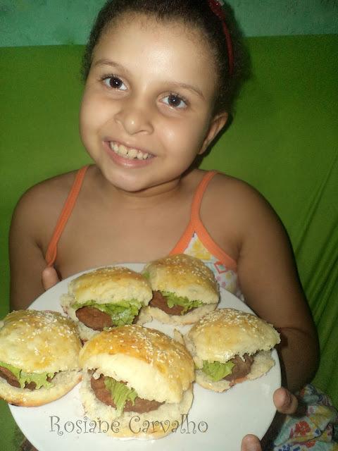como fazer mini sanduiches com mini pão de hamburguer