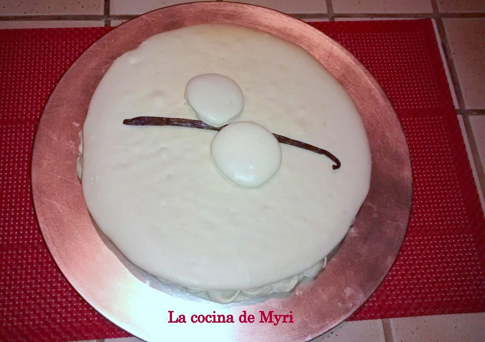 Crema de vainilla y relleno del macaron gigante infinitamente vainilla
