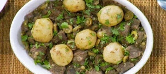 Carne de Panela com Vinho e Batatas