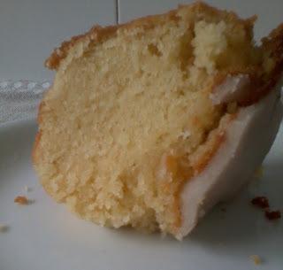 como fazer bolo com massa pronta de limão no microondas