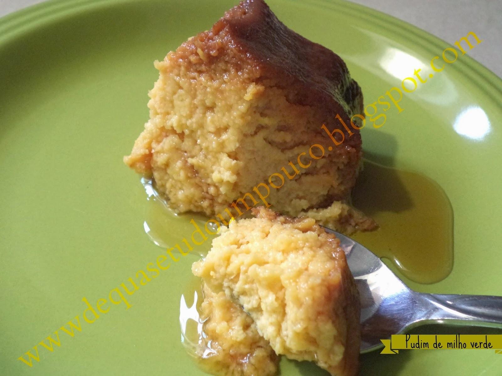 bolo de milho verde parecido com pamonha com lata de milho